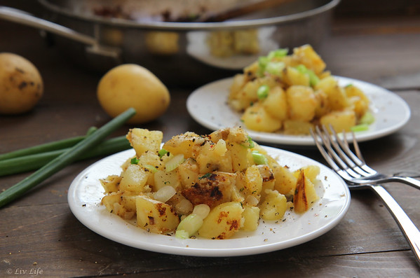 Garlic Home Fries - Fried Potatoes with Garlic